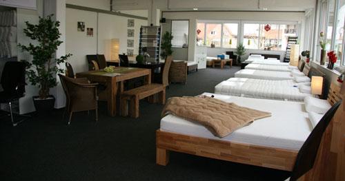unsere ausstellung in enger matratzen und betten zum. Black Bedroom Furniture Sets. Home Design Ideas