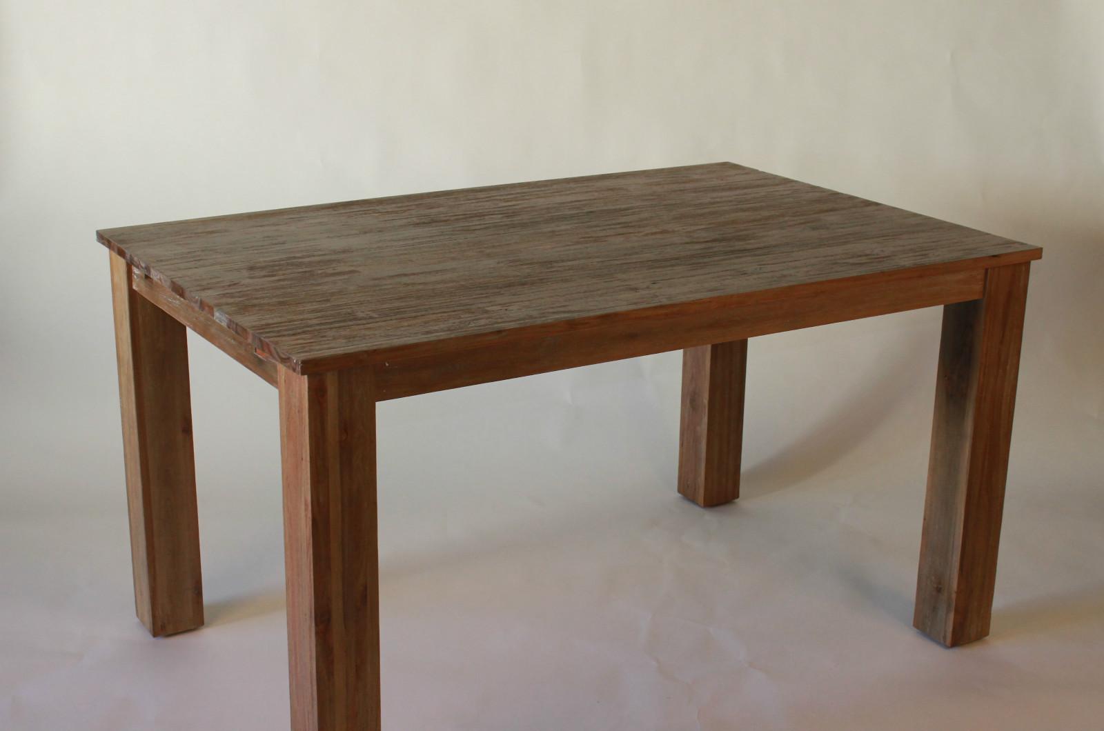Esstisch tisch flensburg aus eukalyptus holz for Esstisch aus holz