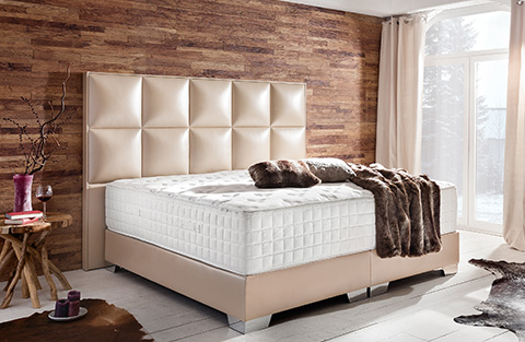 Farbgestaltung Schlafzimmer | Ihr Bett individuell gestalten