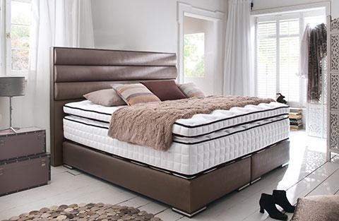 Farbgestaltung schlafzimmer ihr bett individuell gestalten for Schlafzimmer dunkelbraun